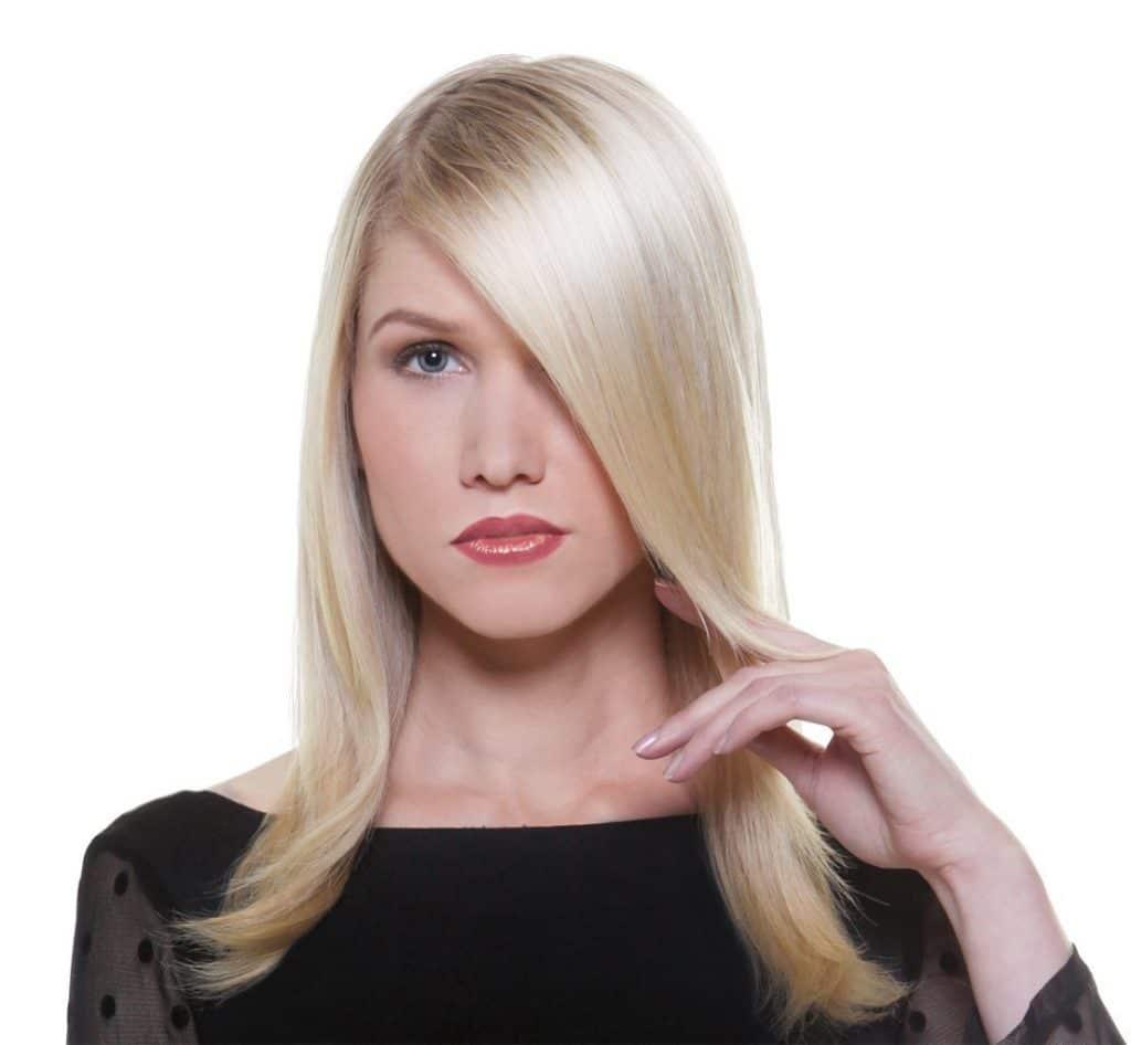 coiffure obtenue avec le lisseur babyliss st325e